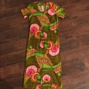 Vintage 70s green  pink mod dress  front slit